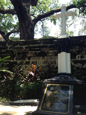 Burial site of the Filipino priests Mariano Gomez, Jose Burgos, and Jacinto Zamora (GomBurZa), whose execution profoundly affected the Filipino revolution against the Spaniards.