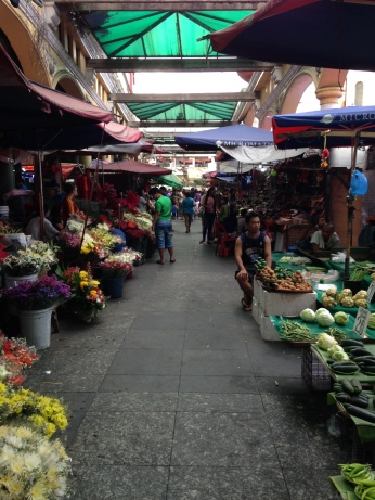 Quiapo Marketplace. I'll admit, this is a novel photo; it doesn't even look like Quiapo.